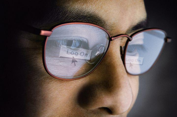 Scientists explain how scientific misinformation spreads online.