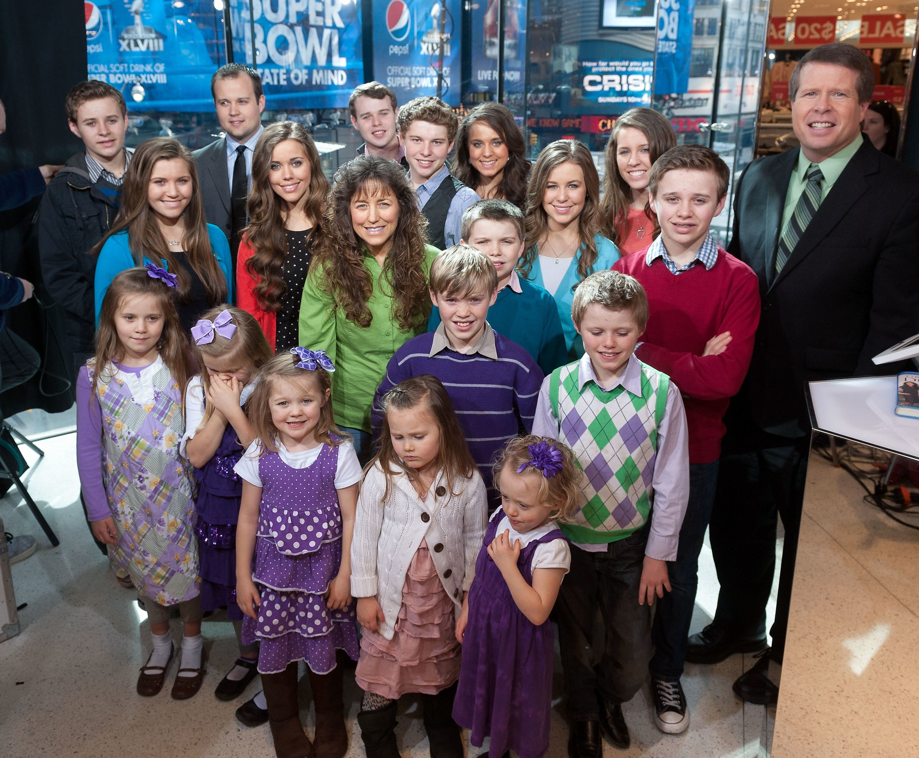 NEW YORK, NY - MARCH 11:  The Duggar family visits 'Extra' at their New York studios at H&M in Times Square on March 11, 2014 in New York City.  (Photo by D Dipasupil/Getty Images for Extra)