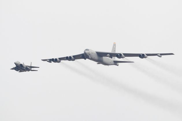 US flies B-52 over N Korea