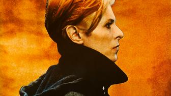 A poster for Nicolas Roeg's 1976 science fiction film 'The Man Who Fell to Earth' starring David Bowie. (Photo by Movie Poster Image Art/Getty Images)