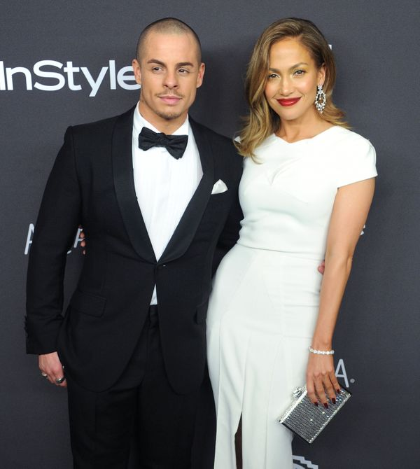 BEVERLY HILLS, CA - JANUARY 10:  Actress/singer Jennifer Lopez and Casper Smart arrive at the 2016 InStyle And Warner Bros. 7
