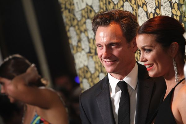 LOS ANGELES, CA - JANUARY 10:  Tony Goldwyn and Bellamy Young attend the HBO's Post 2016 Golden Globe Awards Party held at Ci