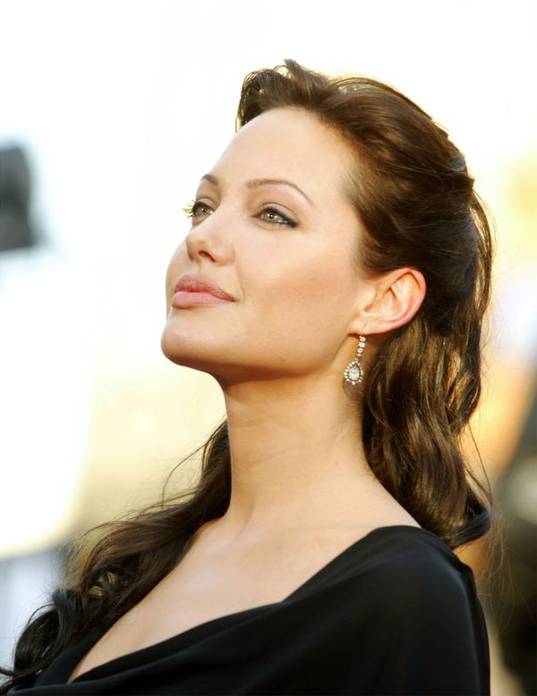 HOLLYWOOD - JULY 21:  Actress Angelina Jolie attends the world premiere of the film 'Lara Croft Tomb Raider: The Cradle of Li