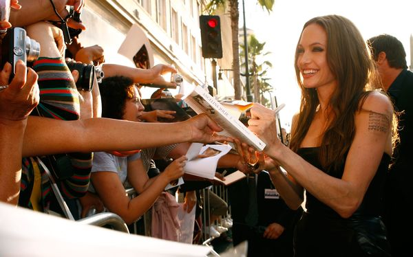 HOLLYWOOD - AUGUST 10:  Actress Angelina Jolie arrives at the  'Inglourious Basterds' Premiere Presented by The Weinstein Co