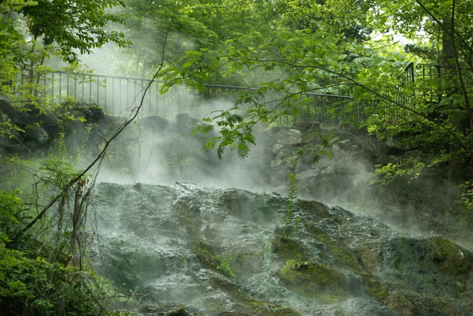 Although it might not have sunny beaches, Hot Springs still offers lots of beautiful nature and relaxation opportunities. It'