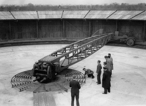 A machine being used for testing the efficiency of new streets in England on April 7,1936.