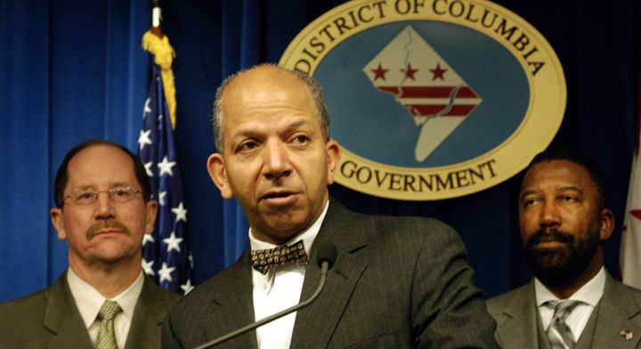 Then-Mayor Anthony Williams discusses high lead levels in Washington's water at a February 2004 press conference.