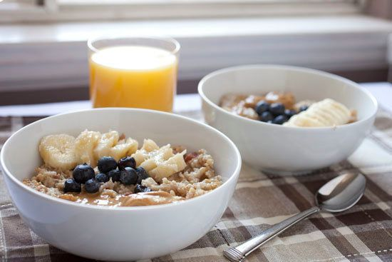 """<strong>Get the <a href=""""http://www.macheesmo.com/2013/06/how-to-make-instant-oatmeal/"""" target=""""_blank"""">Instant Oatmeal That"""