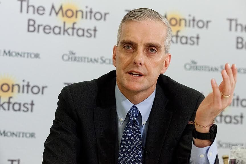 White House chief of staff Denis McDonough talks to reporters at a Christian Science Monitor breakfast.
