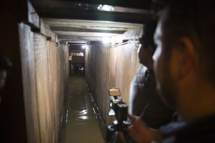 "This is the tunnel through which ""El Chapo"" Guzmán escaped in July 2015. Mexican authorities have yet to close it back"