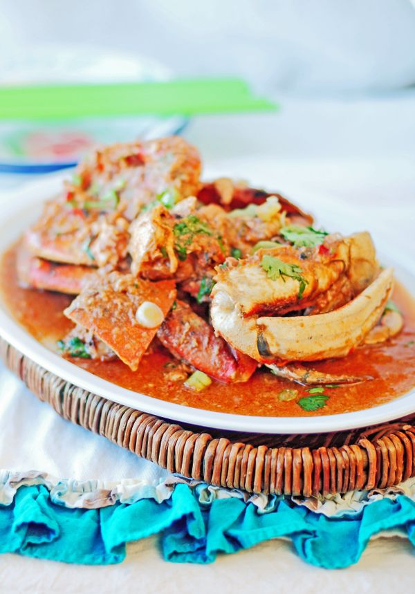 """This richdish consists of crab cooked in a tomato and chili-based sauce. It is one of <a href=""""http://www.sbs.com.au/fo"""