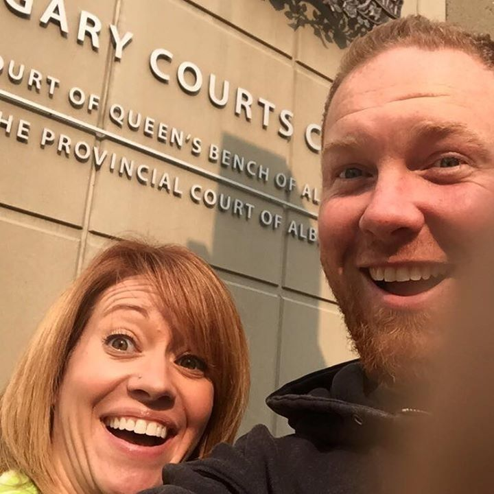 Canadian exes Chris and Shannon Neuman made headlines with their 2015 divorce selfie.