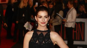 LONDON, ENGLAND - SEPTEMBER 27:  Anne Hathaway attends 'The Intern' European Premiere at Vue West End on September 27, 2015 in London, England.  (Photo by Fred Duval/FilmMagic)