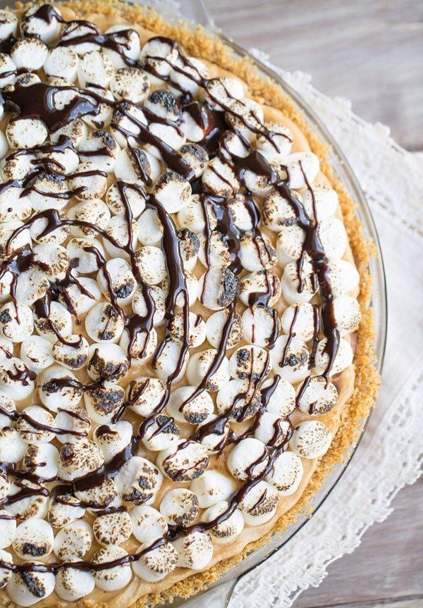 "<strong>Get the <a href=""http://www.thisgalcooks.com/2014/07/28/smores-peanut-butter-chocolate-pudding-pie/"" target=""_blank"">"