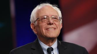 Senator Bernie Sanders, an independent from Vermont and 2016 Democratic presidential candidate, participates in the Democratic presidential candidate debate in Charleston, South Carolina, U.S., on Sunday, Jan. 17, 2016. Hours before Sunday's Democratic debate, the two top Democratic contenders held a warm-up bout of sorts in multiple separate appearances on political talk shows, at a time when the polling gap between the pair has narrowed in early-voting states. Photographer: Patrick T. Fallon/Bloomberg via Getty Images