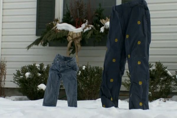 Now locals are freezing jeans and putting them in their yards as icy sculptures.
