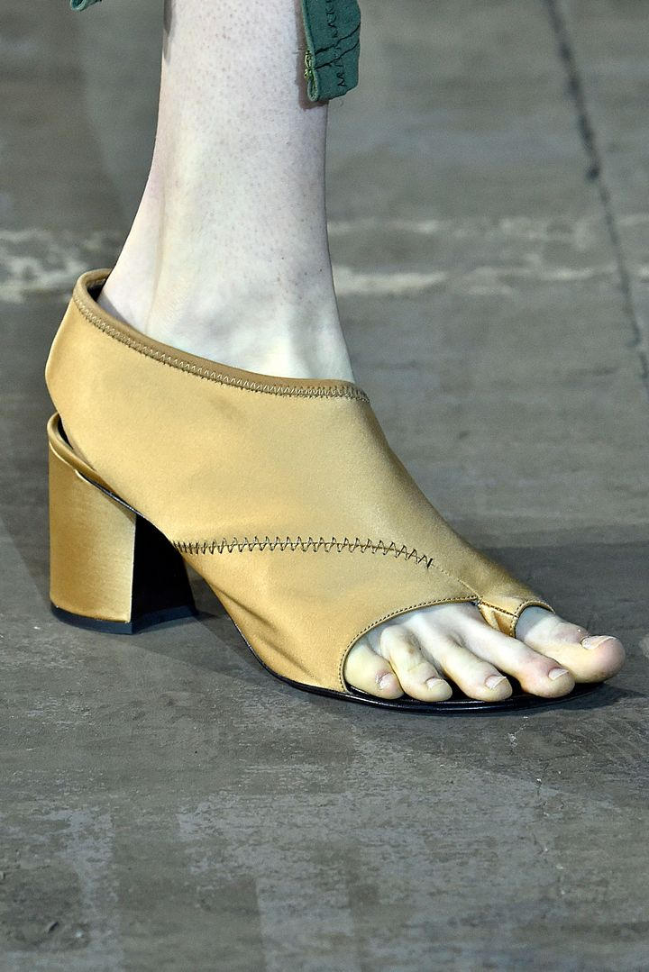 Grandma Heels Are The &39Ugly&39 Trend You&39ll Fall In Love With | The