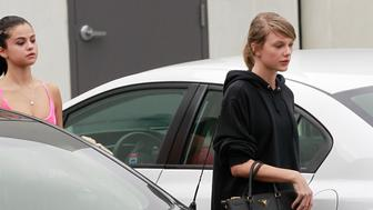 Make-up free Taylor Swift and Selena Gomez seen leaving Body By Simone in West Hollywood, CA. <P>Pictured: Taylor Swift and Selena Gomez<B>Ref: SPL1210646  180116  </B><BR/>Picture by: Bruja / Splash News<BR/></P><P><B>Splash News and Pictures</B><BR/>Los Angeles:310-821-2666<BR/>New York:212-619-2666<BR/>London:870-934-2666<BR/>photodesk@splashnews.com<BR/></P>