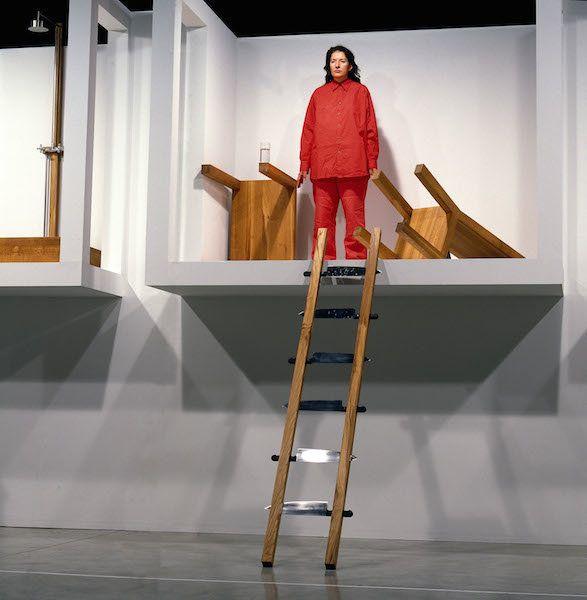 Marina Abramović,&nbsp;<i>House with Ocean View</i> performance at Sean Kelly Gallery New York (2002).