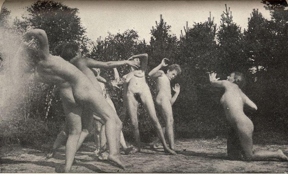 xx nude military girl photo
