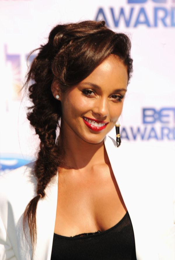 Terrific Alicia Keys39 Most Head Turning Hairstyles Of All Time The Hairstyles For Women Draintrainus