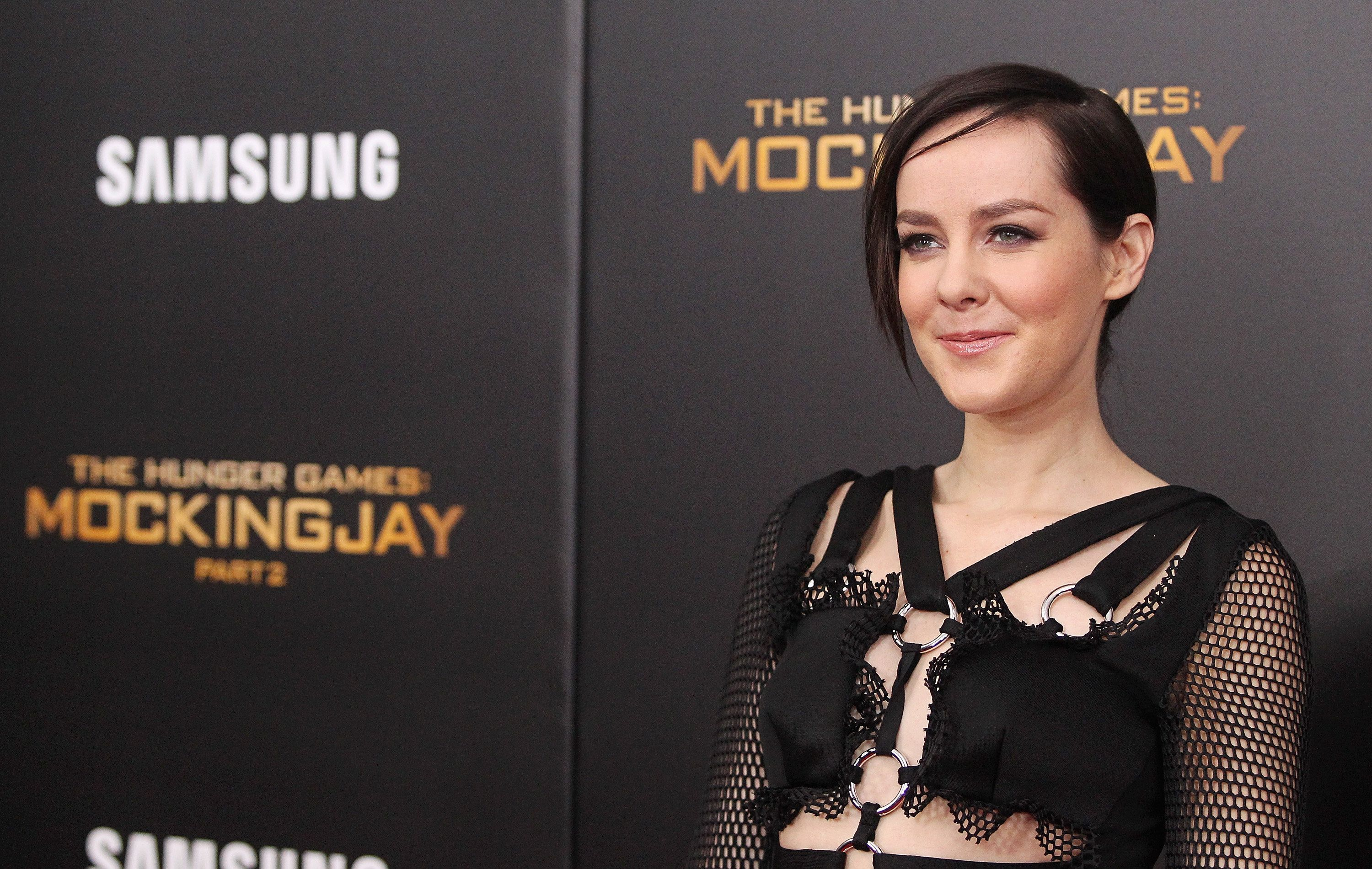 NEW YORK, NY - NOVEMBER 18:  Actress Jena Malone attends the 'The Hunger Games: Mockingjay- Part 2' New York premiere at AMC Loews Lincoln Square 13 theater on November 18, 2015 in New York City.  (Photo by Jim Spellman/WireImage)