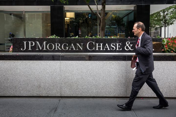 JPMorgan Chase told its investment bankers to more or less stop working on weekends.