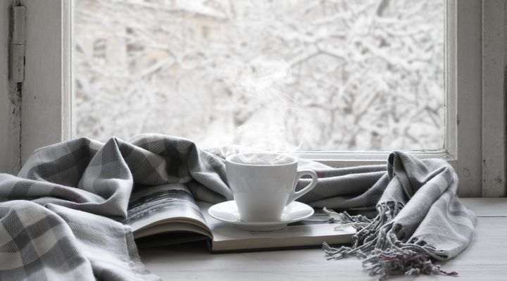 Tea, a blanket and the time to actually sit down and read a 10,000 word story -- what could be better?