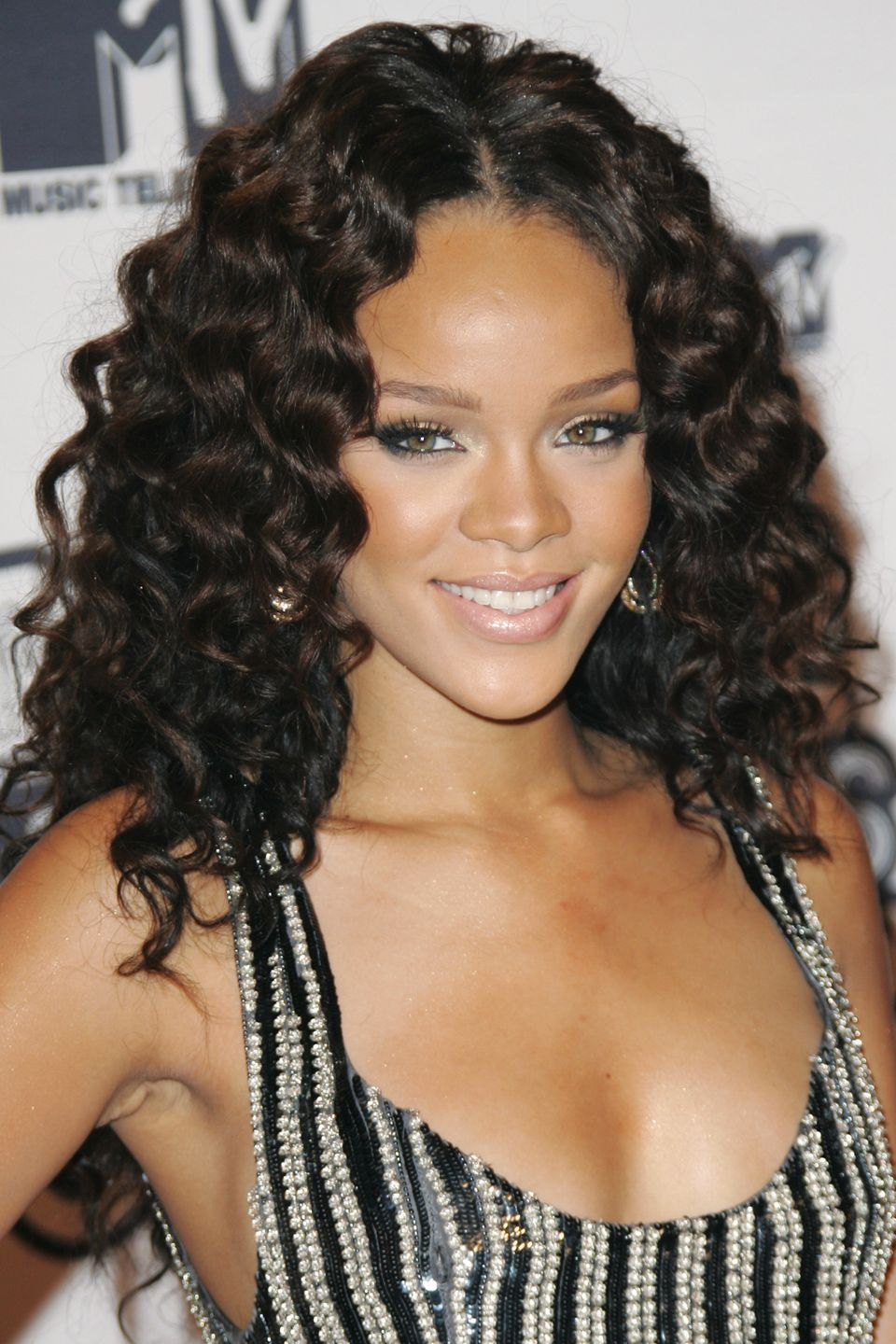 Rihanna Hairstyle Inspiration