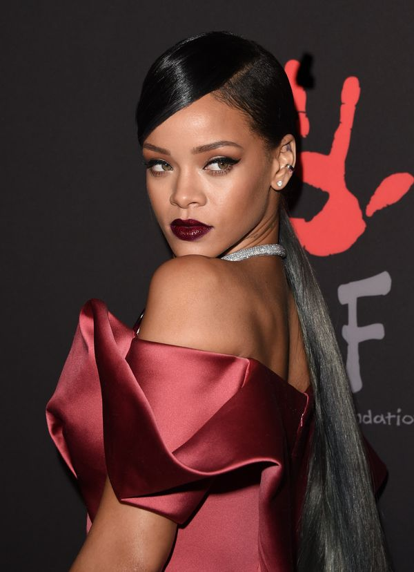 rihanna hair styles 2014 40 rihanna hairstyles to inspire your next makeover huffpost 8089