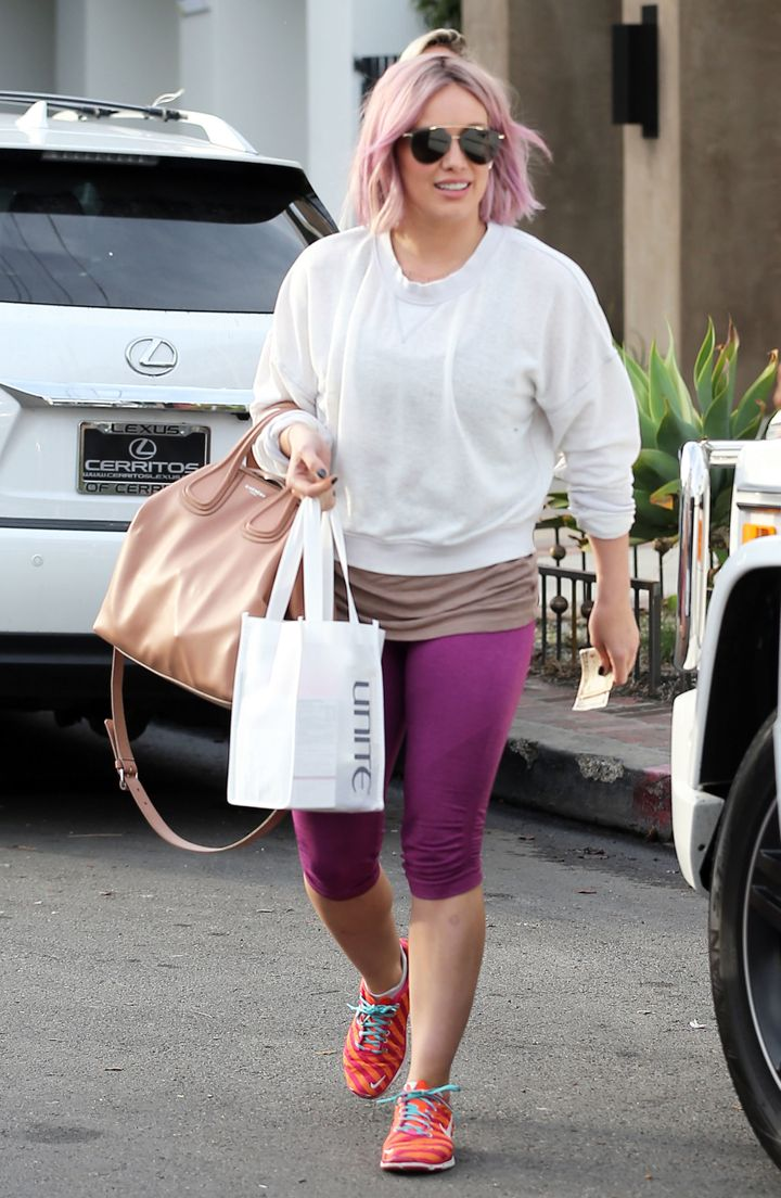 hilary duff debuts a new pastel hairstyle | huffpost