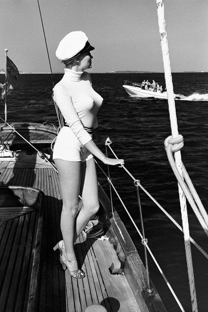 "Helmut Newton, Winnie of the coast of Cannes, 1975 from the series ""White women"""