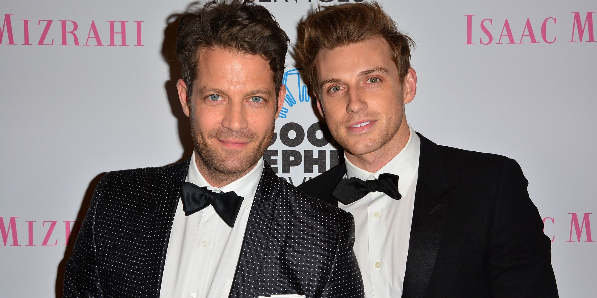 nate berkus and his husband have a beautiful way of. Black Bedroom Furniture Sets. Home Design Ideas