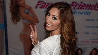 LAS VEGAS, NV - JANUARY 21:  Television personality and adult film actress Farrah Abraham attends the 2016 AVN Adult Entertainment Expo at The Joint inside the Hard Rock Hotel & Casino on January 21, 2016 in Las Vegas, Nevada.  (Photo by Ethan Miller/Getty Images)