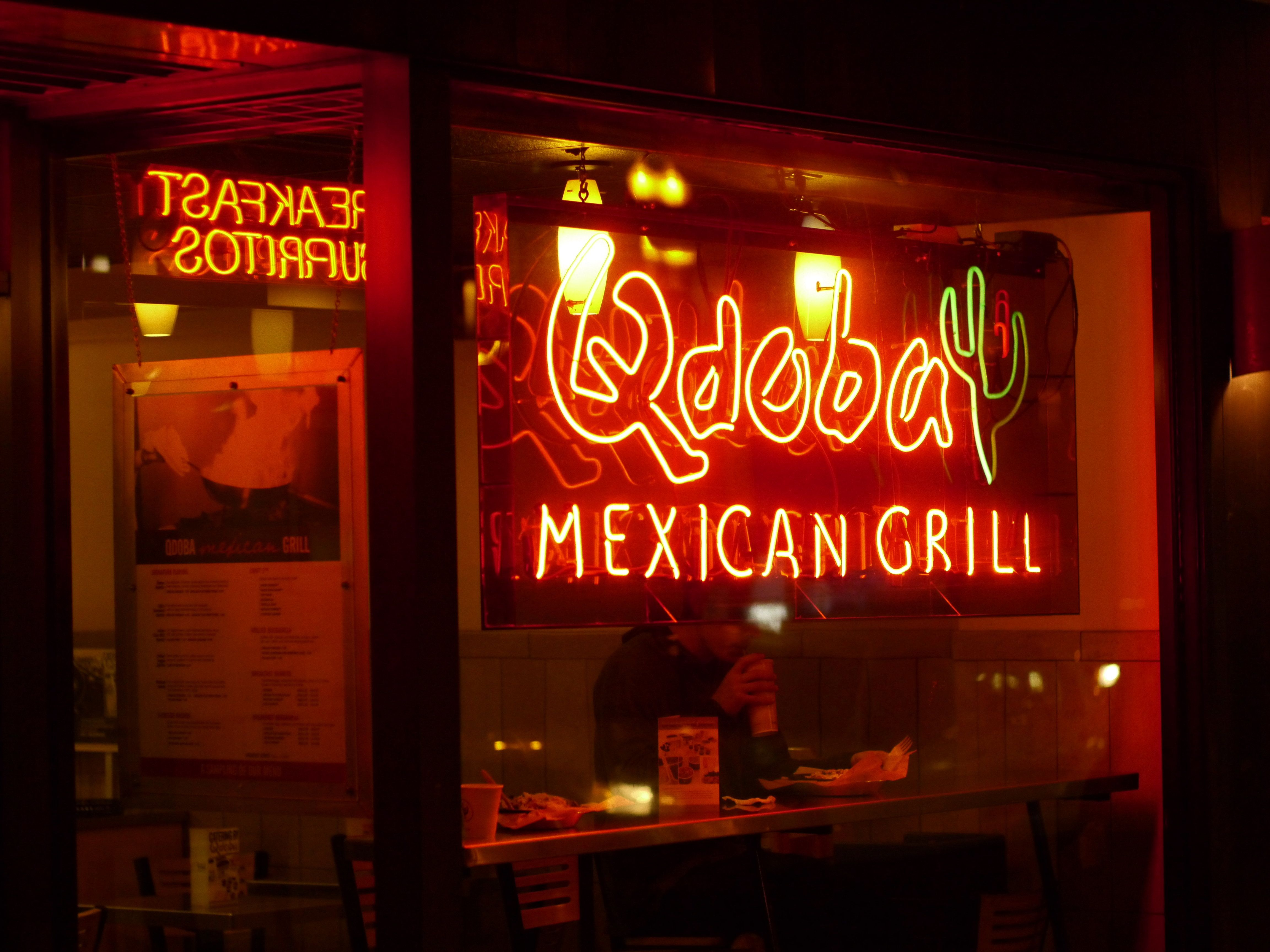 At Qdoba, Kiss Someone And Get A Free Burrito This Valentineu0027s Day |  HuffPost