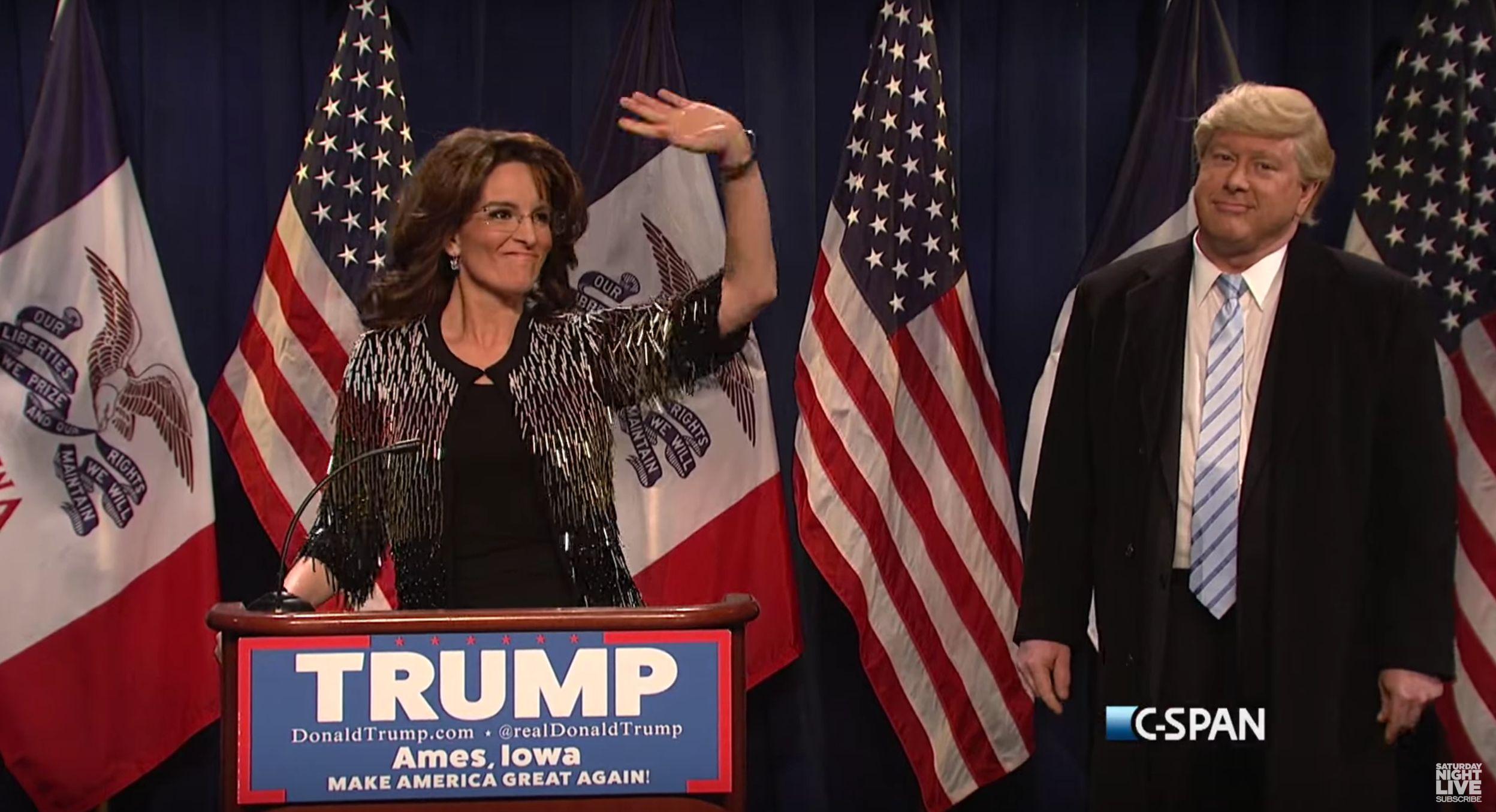 """Tina Feyspoofs Sarah Palin's Trump endorsement during this weekend's """"SNL"""" cold open."""