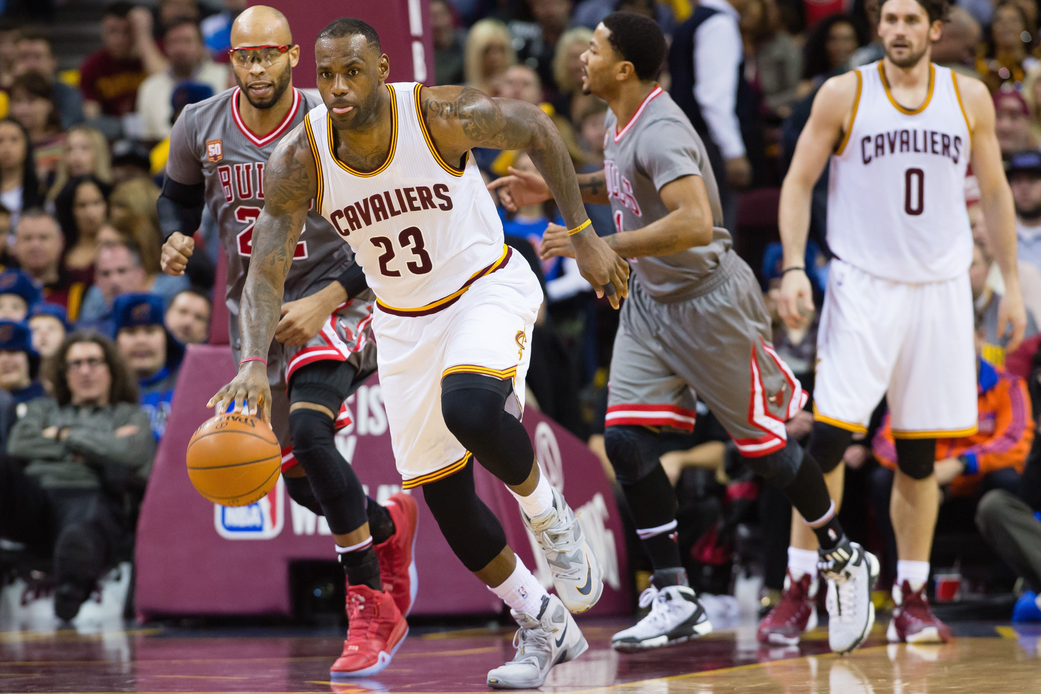 CLEVELAND, OH - JANUARY 23: LeBron James #23 of the Cleveland Cavaliers drives down court after a rebound against the Chicago Bulls during the second half at Quicken Loans Arena on January 23, 2016 in Cleveland, Ohio. The Bulls defeated the Cavaliers 96-83. NOTE TO USER: User expressly acknowledges and agrees that, by downloading and/or using this photograph, user is consenting to the terms and conditions of the Getty Images License Agreement. Mandatory copyright notice. (Photo by Jason Miller/Getty Images)