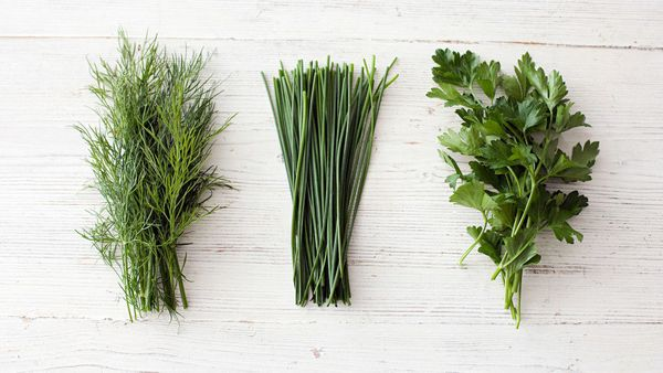 <strong>We're talking about: </strong>Herbs like chives, thyme, rosemary, basil and parsley <br><strong>Why you should eat mo