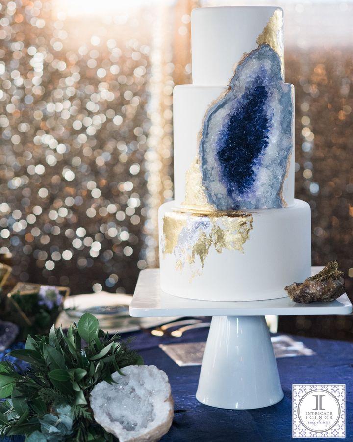 This Stunning Geode Wedding Cake Will Totally Rock Your World - Geode Wedding Cake