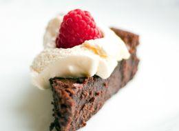 This 4-Ingredient Chocolate Cake Is Brilliant