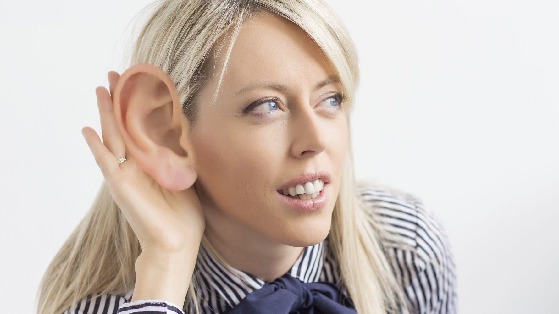 элементами декора картинки с большим ухом у человека снять