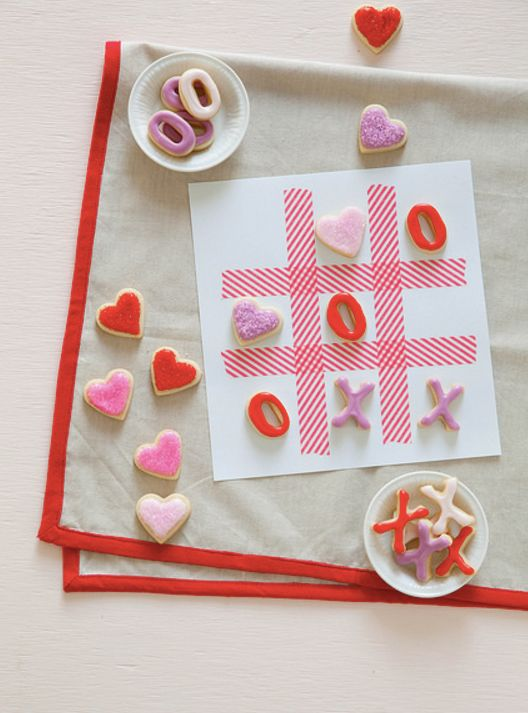 """<strong>Get the <a href=""""http://www.annies-eats.com/2014/02/13/xoxo-tic-tac-toe-cookies/"""" target=""""_blank"""">XOXO Tic Tac Toe Co"""