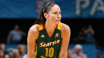 MINNEAPOLIS, MN - SEPTEMBER 8:  Sue Bird #10 of the Seattle Storm stands on the court during the game against the Minnesota Lynx on September 8, 2015 at Target Center in Minneapolis, Minnesota.  NOTE TO USER: User expressly acknowledges and agrees that, by downloading and or using this Photograph, user is consenting to the terms and conditions of the Getty Images License Agreement. Mandatory Copyright Notice: Copyright 2015 NBAE (Photo by David Sherman/NBAE via Getty Images)