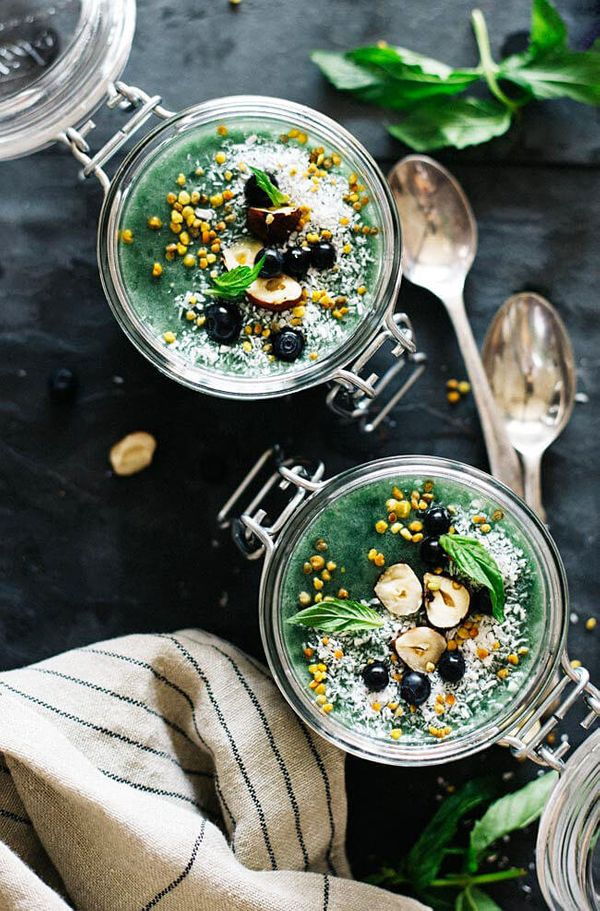 "<strong>Get the <a href=""http://www.theawesomegreen.com/superfood-chia-pudding/"" target=""_blank"">Superfood Chia Pudding recip"
