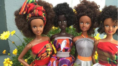 """<a href=""""http://malaville-toys.myshopify.com/collections/all"""" target=""""_blank"""">These dolls</a> were created by international m"""