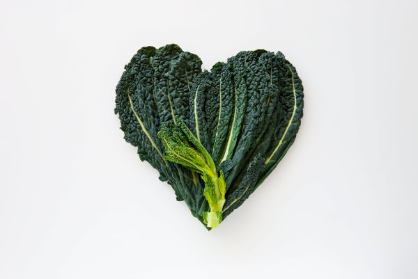 All hail kale!Keeping your fridge stocked with the leafy green is the thing to do, asitdoesn't seem to wilt