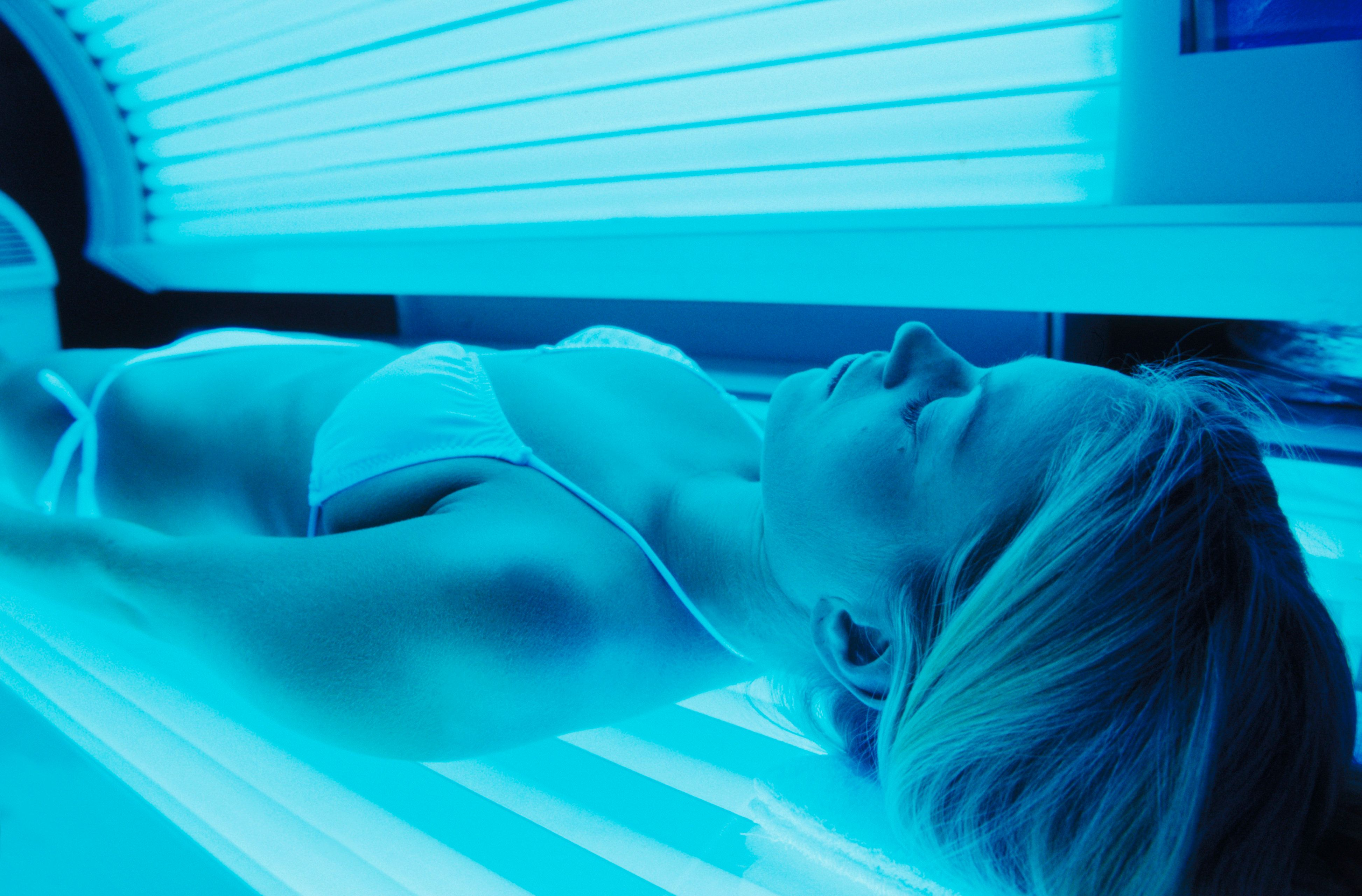 How Safe Is Sunless Tanning With