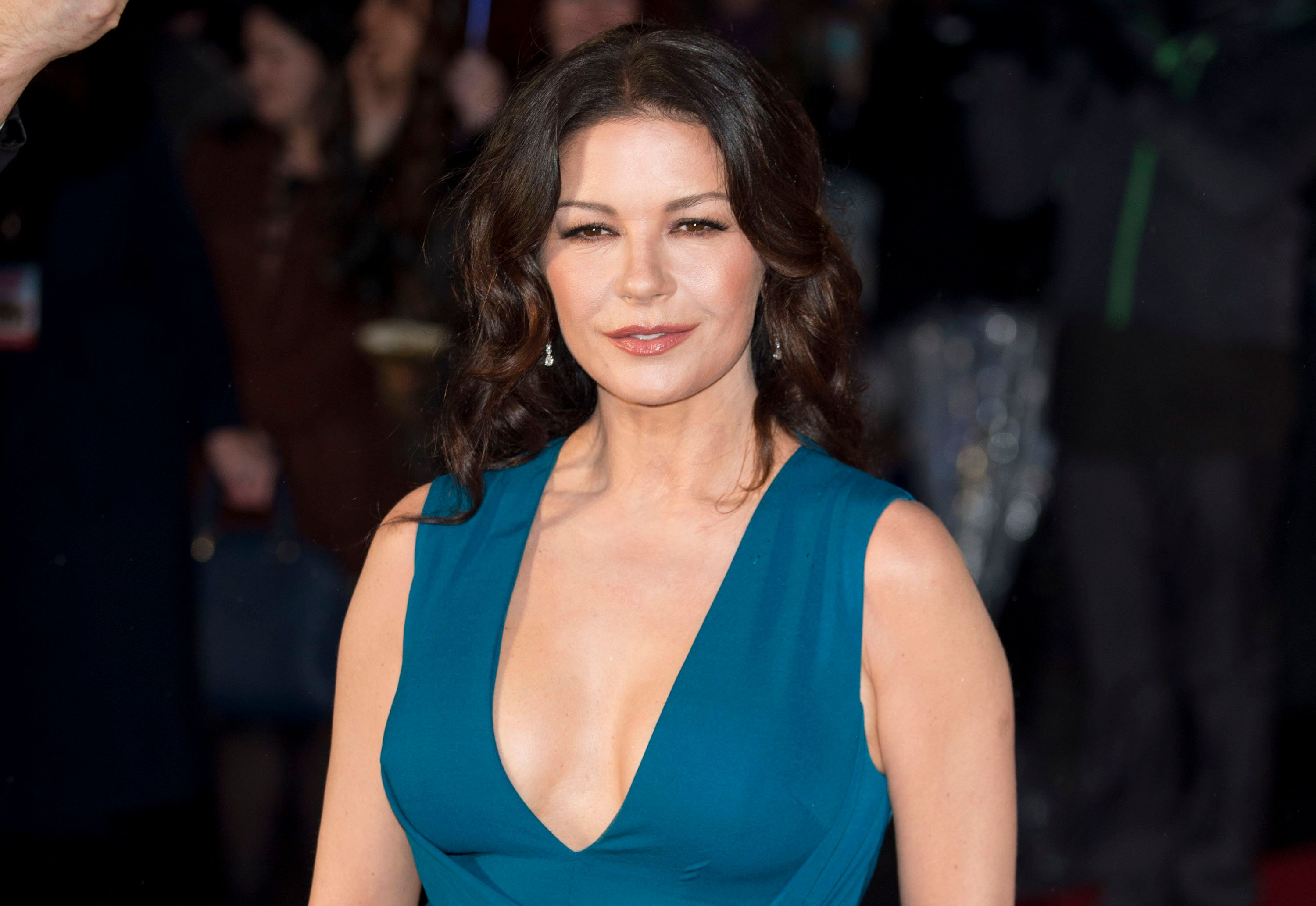 LONDON, ENGLAND - JANUARY 26:  Catherine Zeta-Jones attends 'Dad's Army' World Premiere  on January 26, 2016 in London, United Kingdom.  (Photo by Mark Cuthbert/UK Press via Getty Images)