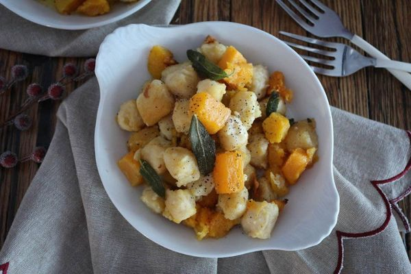 "<strong>Get the <a href=""http://paleomg.com/butternut-squash-gnocchi-with-sage-browned-butter/"" target=""_blank"">Butternut Squ"