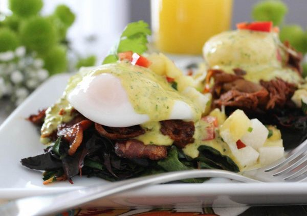 "<strong>Get the <a href=""http://paleomg.com/barbacoa-eggs-benedict-with-chimichurri-hollandaise/"" target=""_blank"">Barbacoa Eg"